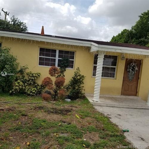 Photo of Listing MLS a10858092 in 3250 NW 176th St Miami Gardens FL 33056