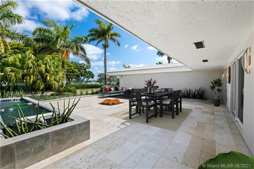 Photo of 840 S Southlake Dr, Hollywood, FL 33019 (MLS # A11014092)