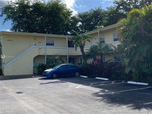 Photo of 900 NE 26th St #11, Wilton Manors, FL 33305 (MLS # A10990093)