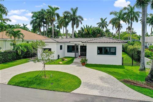 Photo of 7421 Center Bay Dr, North Bay Village, FL 33141 (MLS # A11078093)