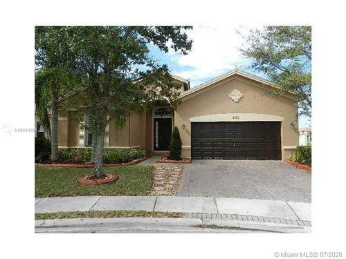 Photo of 4265 E Seneca Ave, Weston, FL 33332 (MLS # A10884094)