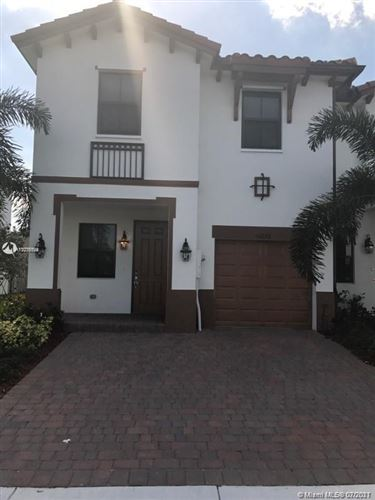 Photo of 10256 NW 88th Ter #0, Doral, FL 33178 (MLS # A11076094)