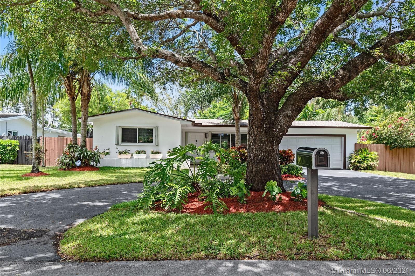 6231 SW 58th St, South Miami, FL 33143 - #: A11056095