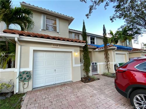 Photo of Listing MLS a10809096 in 9709 NW 45th Ln #9709 Doral FL 33178