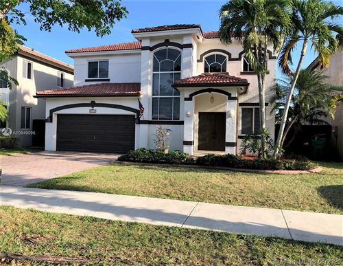 Photo of Listing MLS a10849096 in 16258 SW 68th Ter Miami FL 33193