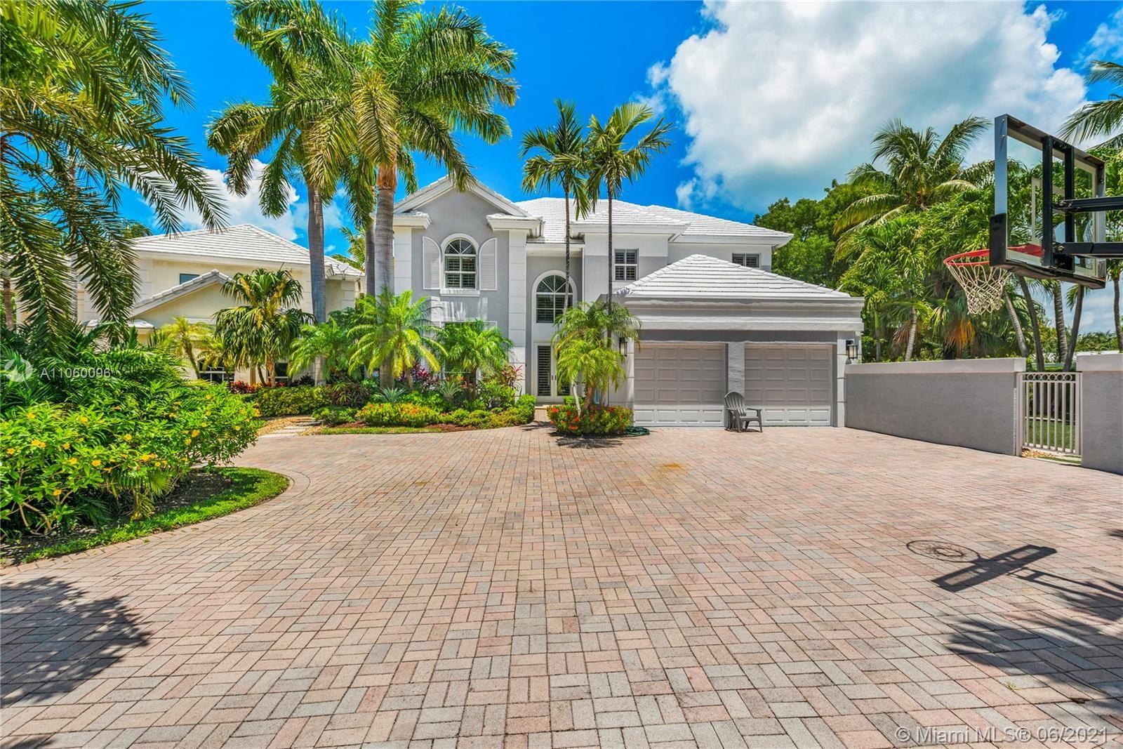 15 Grand Bay Estates Circle, Key Biscayne, FL 33149 - #: A11060096