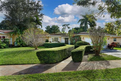 Photo of 446 Gerona Ave, Coral Gables, FL 33146 (MLS # A10975098)