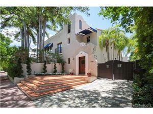 Foto de inmueble con direccion 5768 Pinetree Dr Miami Beach FL 33140 con MLS A10281099