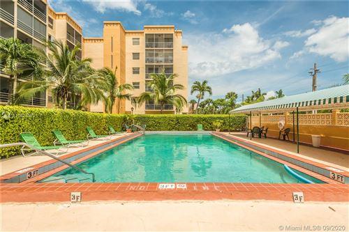Photo of 2935 NE 163rd St #5R, North Miami Beach, FL 33160 (MLS # A10927099)