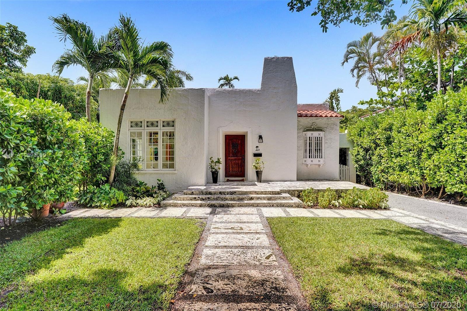 330 Sarto Ave, Coral Gables, FL 33134 - #: A10893099