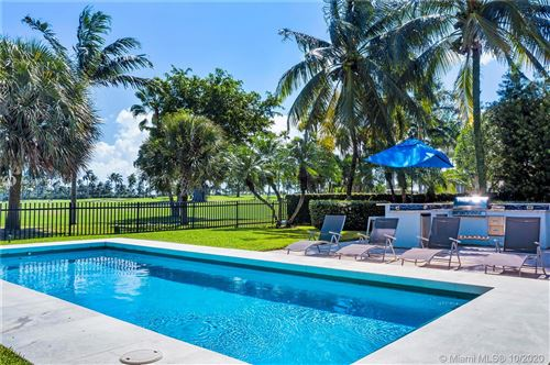 Photo of 6025 Alton Rd, Miami Beach, FL 33140 (MLS # A10941101)