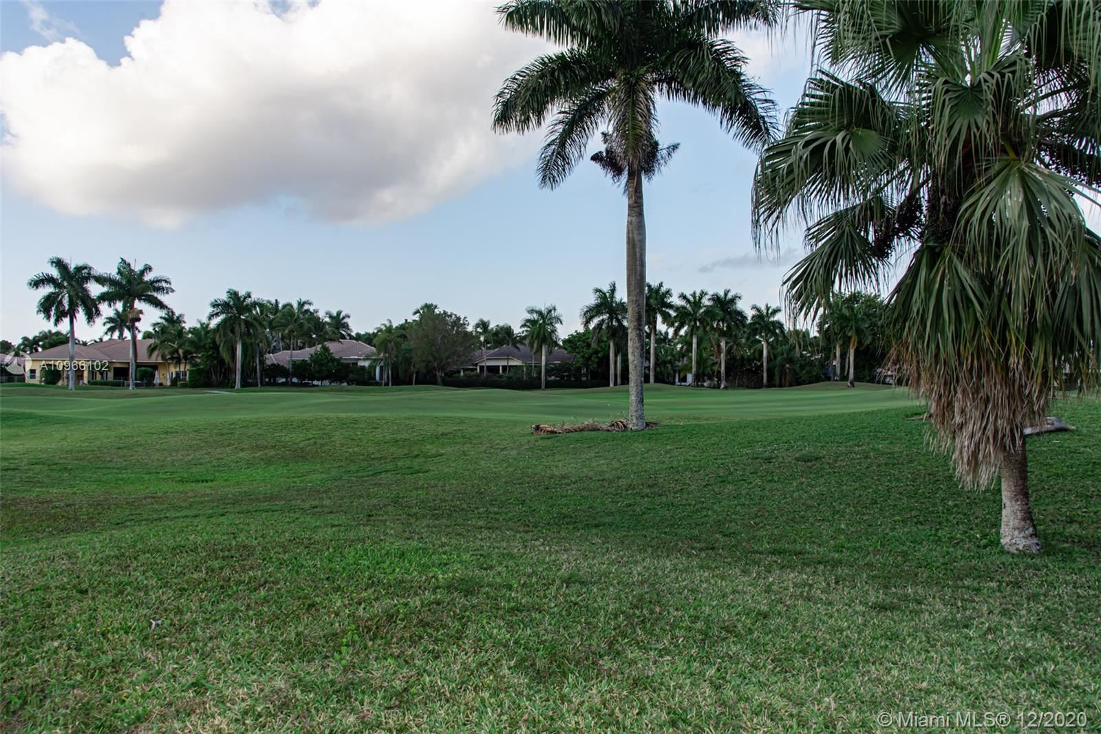 Photo of 2581 Mayfair Ln, Weston, FL 33327 (MLS # A10966102)