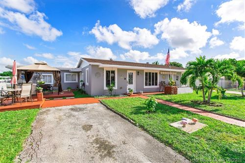 Photo of 4345 NW 200th St, Miami Gardens, FL 33055 (MLS # A11090103)