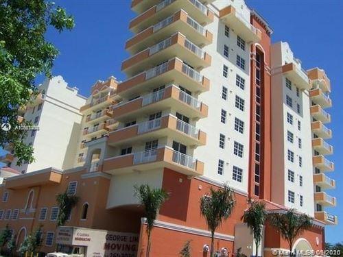 Photo of 215 SW 42 AV #1003, Miami, FL 33134 (MLS # A10863104)