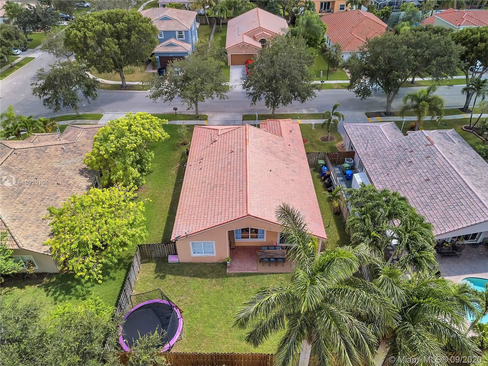 Photo of 13237 NW 15th Ct, Pembroke Pines, FL 33028 (MLS # A10929104)