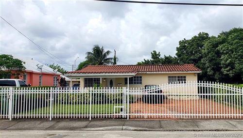 Photo of 337 E 40th St, Hialeah, FL 33013 (MLS # A10928105)