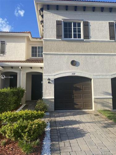 Photo of 357 NE 47th St, Deerfield Beach, FL 33064 (MLS # A11109105)