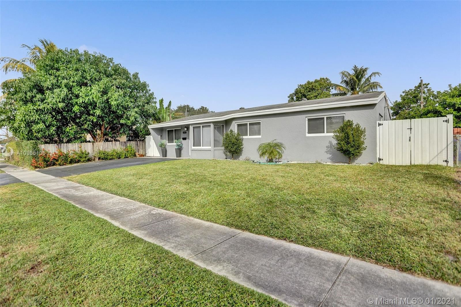 Photo of 7021 Scott St, Hollywood, FL 33024 (MLS # A10985106)