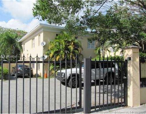 Photo of 3395 Franklin Ave #B, Miami, FL 33133 (MLS # A10860107)