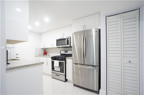 Foto de inmueble con direccion 17911 NW 68th Ave #O206 Hialeah FL 33015 con MLS A10912107