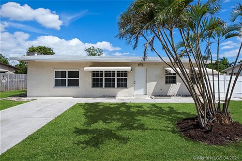 Photo of 1051 NE 23RD ST, Pompano Beach, FL 33064 (MLS # A11024107)