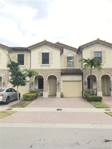 Photo of 8725 NW 98 AVE, Doral, FL 33178 (MLS # A11039107)