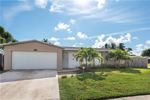 Photo of 300 NW 65th Ter, Margate, FL 33063 (MLS # A11099107)