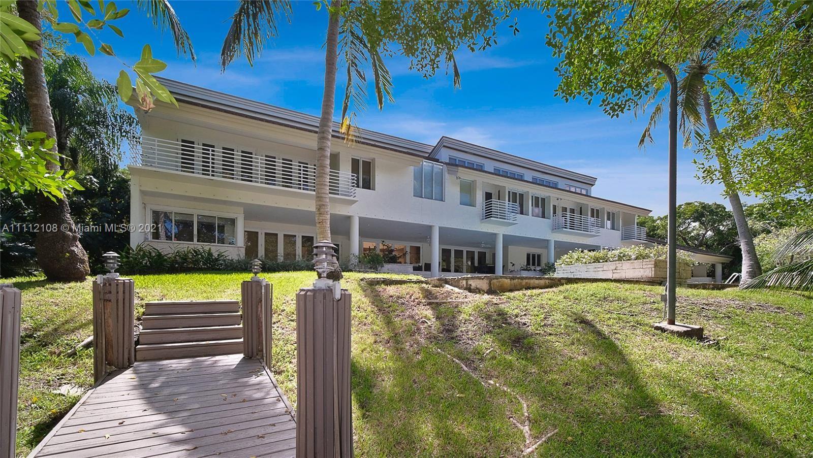 Photo of 301 Casuarina Concourse, Coral Gables, FL 33143 (MLS # A11112108)