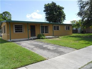 Foto de inmueble con direccion 9845 SW 197th St Cutler Bay FL 33157 con MLS A10701109