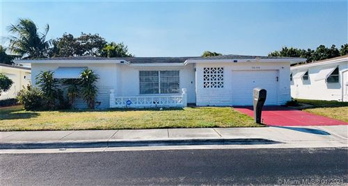 Photo of 1055 N Rock Island Rd, Margate, FL 33063 (MLS # A10989109)