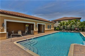 Photo of Listing MLS a10654110 in 4033 Devenshire Ct #4033 Coconut Creek FL 33073
