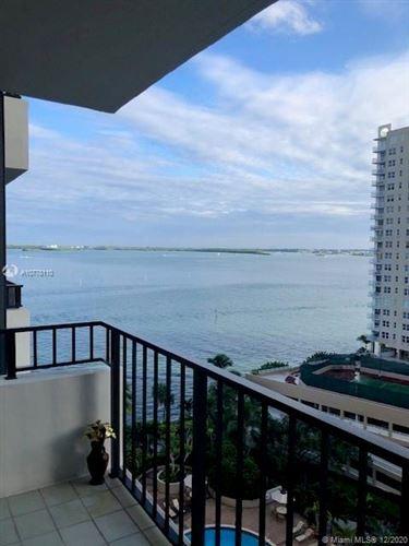 Foto de inmueble con direccion 520 Brickell Key Drive #A-1201 Miami FL 33131 con MLS A10778110