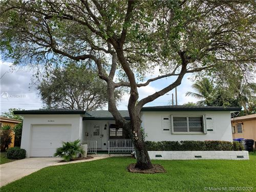 Photo of Listing MLS a10824111 in 511 N 71st Ter Hollywood FL 33024