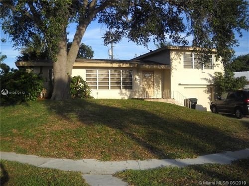 Photo of 698 NW 15th Ave, Boca Raton, FL 33486 (MLS # A10672112)