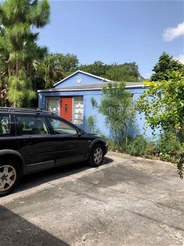 Foto de inmueble con direccion 8290 NE 4th Ave Miami FL 33138 con MLS A10887112