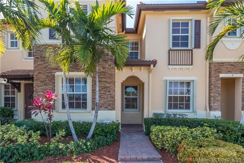 Photo of Listing MLS a10824114 in 9153 SW 227th St #3 Cutler Bay FL 33190