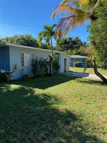 Photo of 938 31st St, West Palm Beach, FL 33407 (MLS # A10970115)