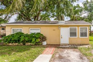 Photo of Listing MLS a10696116 in 2615 SW 58th Ave West Park FL 33023