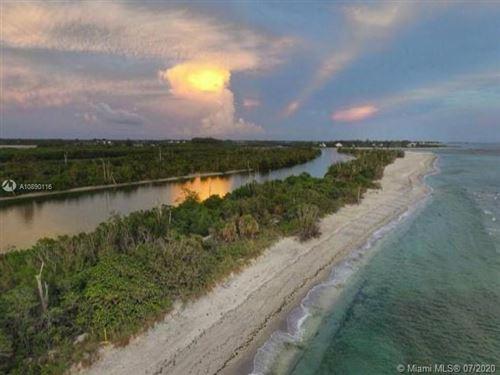 Photo of 136 Lime Tree Park, Port Charlotte, FL 33947 (MLS # A10890116)