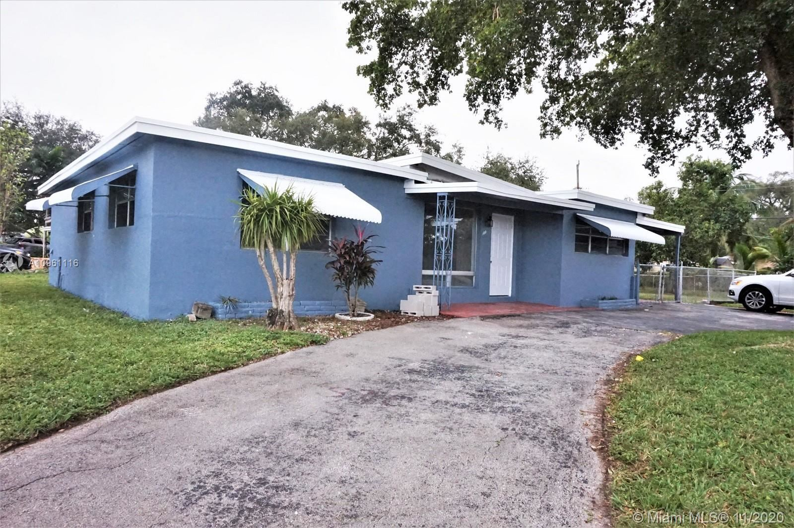100 Virginia Rd, West Park, FL 33023 - #: A10961116