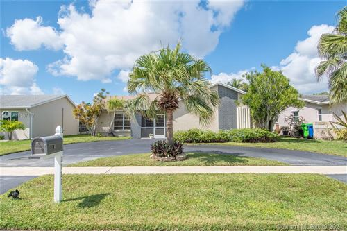 Photo of 3721 NW 119th Ave, Sunrise, FL 33323 (MLS # A11107117)
