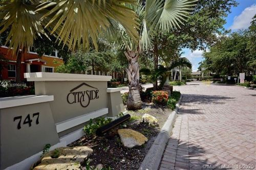 Photo of 833 Millbrae Ct #5, West Palm Beach, FL 33401 (MLS # A10964118)