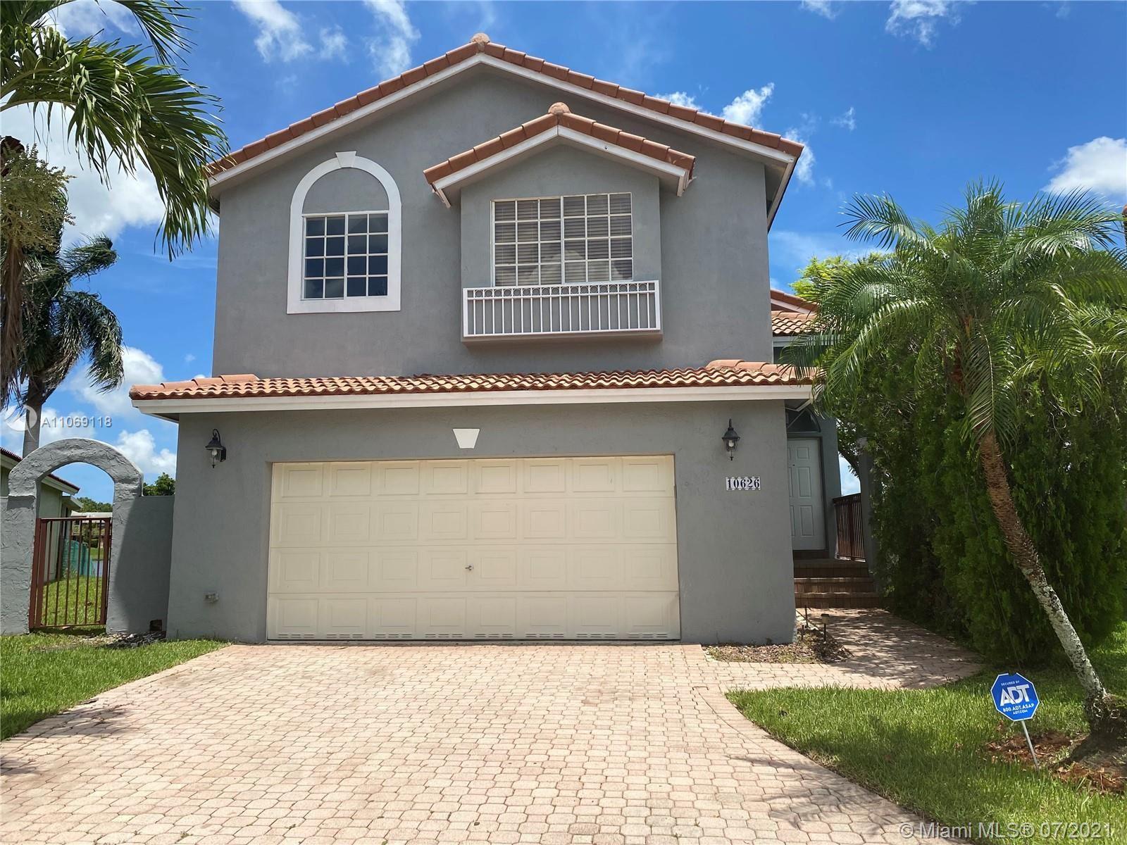 10626 NW 7th St, Pembroke Pines, FL 33026 - #: A11069118