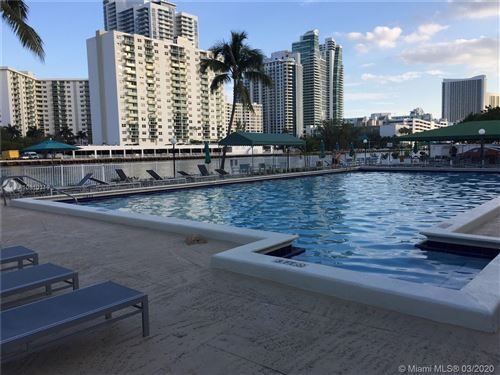 Photo of Listing MLS a10810119 in 1000 Parkview Dr #809 Hallandale FL 33009