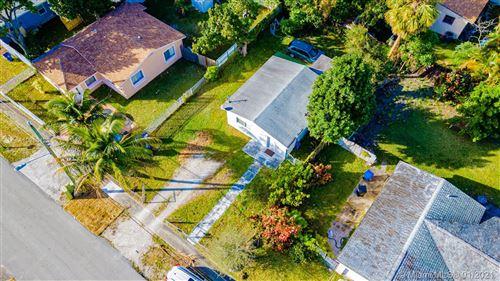 Photo of 231 NE 171st St, North Miami Beach, FL 33162 (MLS # A10986120)