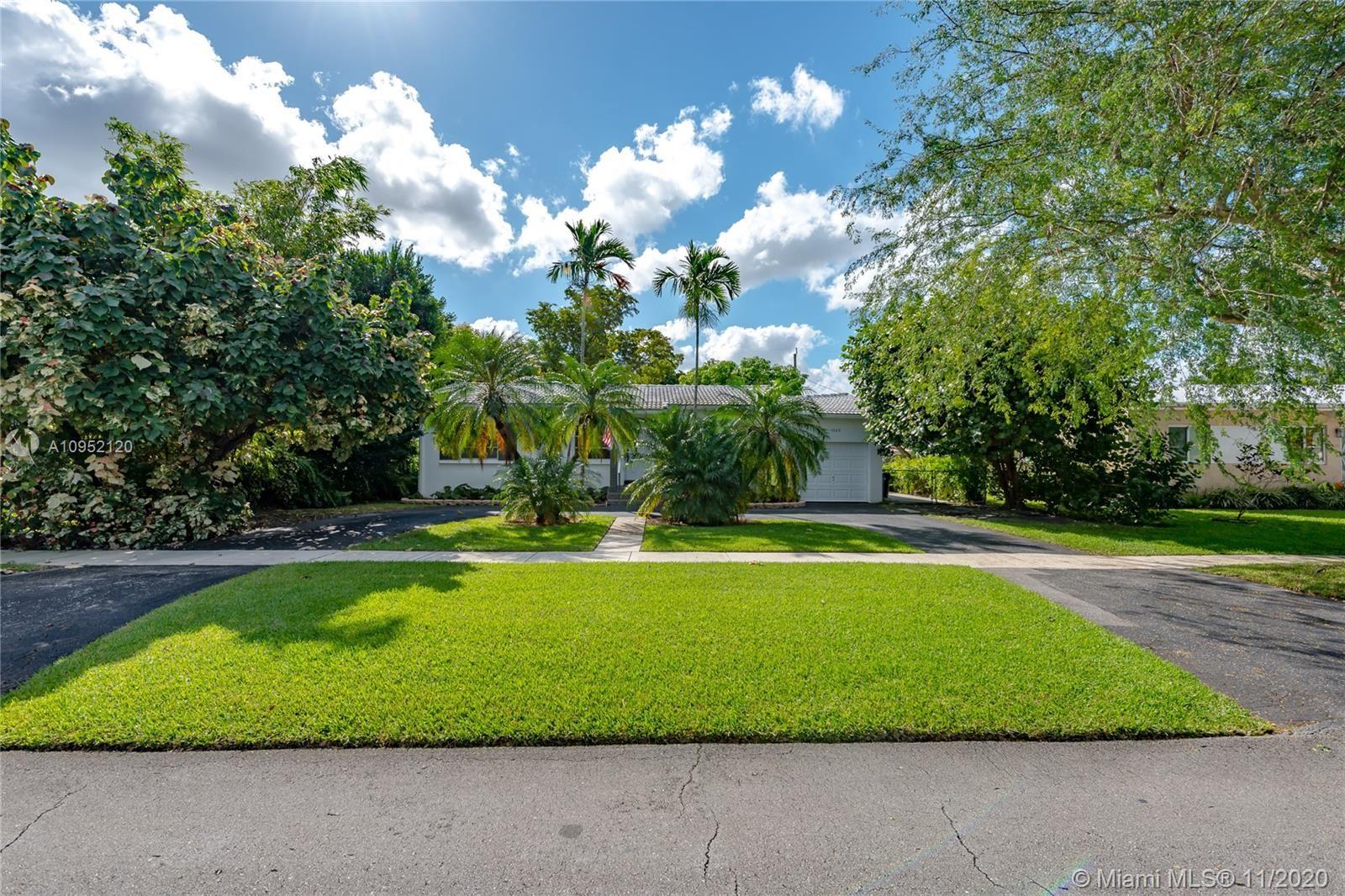 1020 Wren Ave, Miami Springs, FL 33166 - #: A10952120