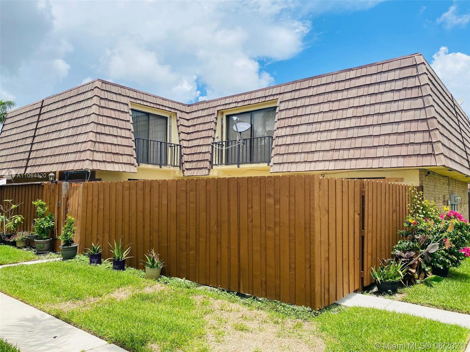 554 Springdale Cir, Palm Springs, FL 33461 - #: A11064120