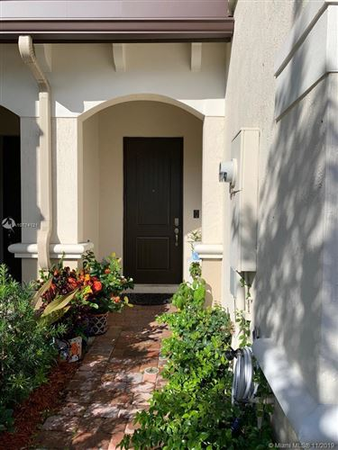 Photo of 4204 N Dixie Hwy #3, Oakland Park, FL 33334 (MLS # A10774121)