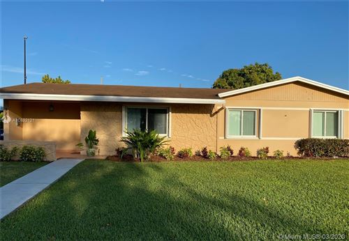 Photo of Listing MLS a10832121 in 3231 SW 117th Ct Miami FL 33175