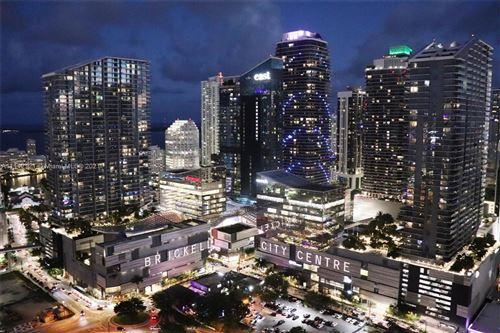 Photo of 92 SW 3rd St #3905, Miami, FL 33130 (MLS # A11112121)